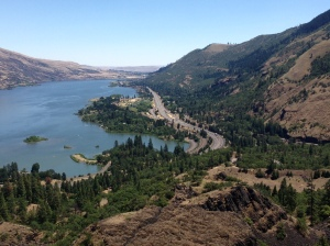 Views over the Columbia River Gorge