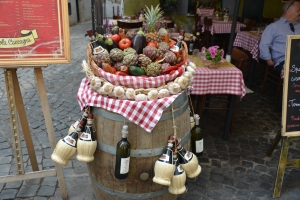 artichokes, wine and other Italian specialties