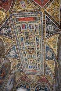 ceiling of El Duomo in Siena